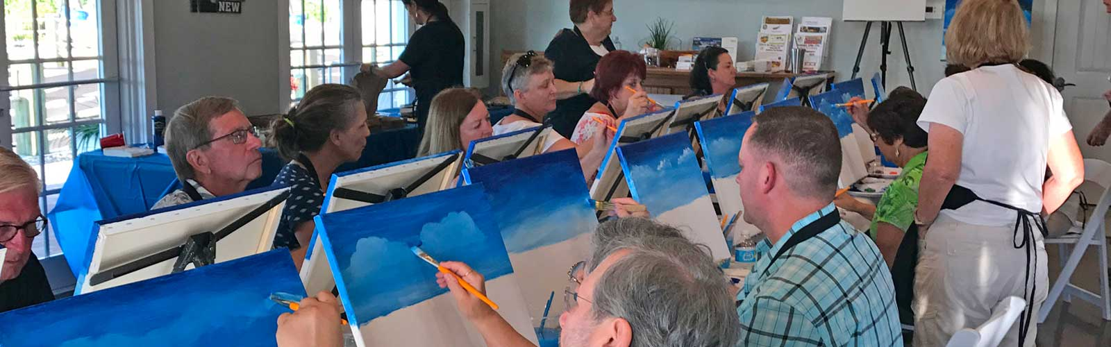 Naples Reserve residents enjoying Wine and Canvas
